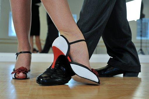 Польза танцев для женщин